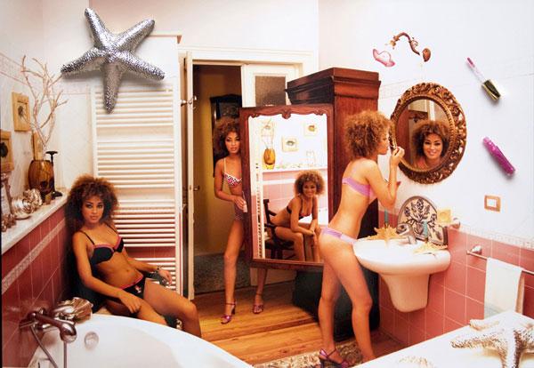 Cloning girl in the bath